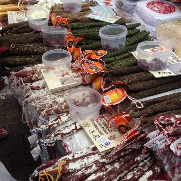alcudia market cortadores de jamon jamoneria carniceria