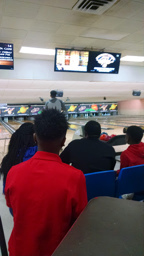 Bowling Alley «House Community Bowling Center», reviews and photos, 1140 Ribaut Rd, Beaufort, SC 29902, USA