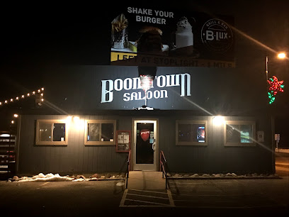 experience-wisdells-where-to-eat-boomtown-saloon-country-bar