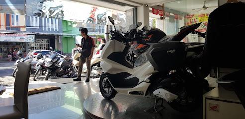Naga Mas Motor Denpasar - Jl. Imam Bonjol, Denpasar