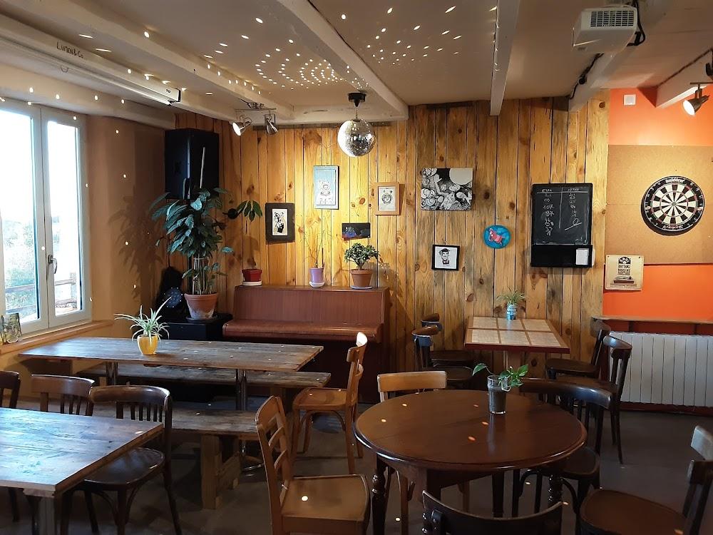 photo du resaurant Café Au Bord Du Monde