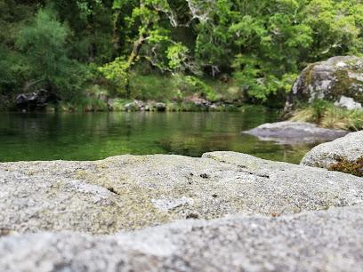 Praia fluvial de Fornelos de Montes
