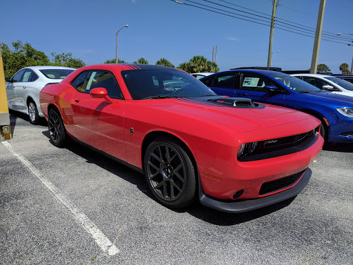 Car Dealer «Gator Chrysler Dodge Jeep», reviews and photos, 840 S Harbor City Blvd, Melbourne, FL 32901, USA