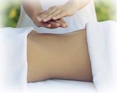 imagen de masajista Fibiensa, bienestar y salud