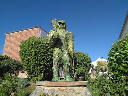 Escultura Hombre de Musgo