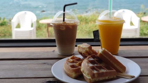 鹿邊咖啡Deer cafe