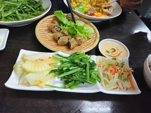 A Zhong Yue style traditional beef river meal