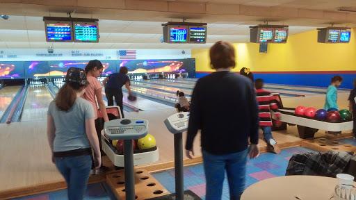 Bowling Alley «Kingpin Lanes & Brickhouse Pizza Company», reviews and photos, 12249 Natural Bridge Rd, Bridgeton, MO 63044, USA