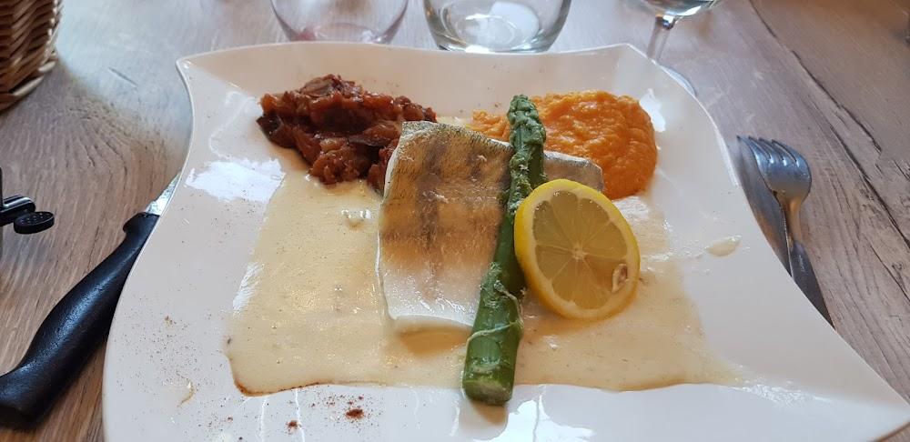 photo du resaurant AUX BERGES DE BOUGARD - restaurant crêperie,galettes, Saint Omer de Blain.