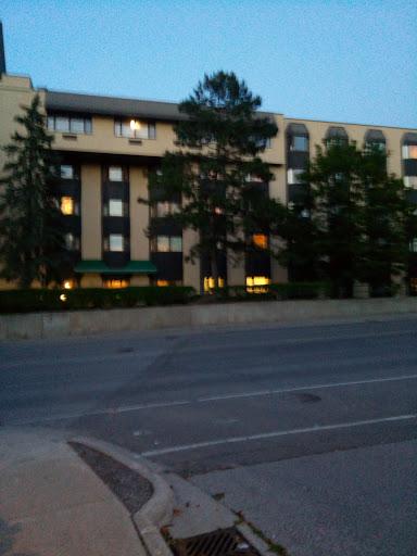 Maison de retraite Chartwell Park Place Retirement Residence à Aurora (ON)   LiveWay
