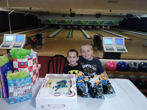 Bowling Alley «Charleroi Lanes», reviews and photos, 1301 Prospect Ave, Charleroi, PA 15022, USA