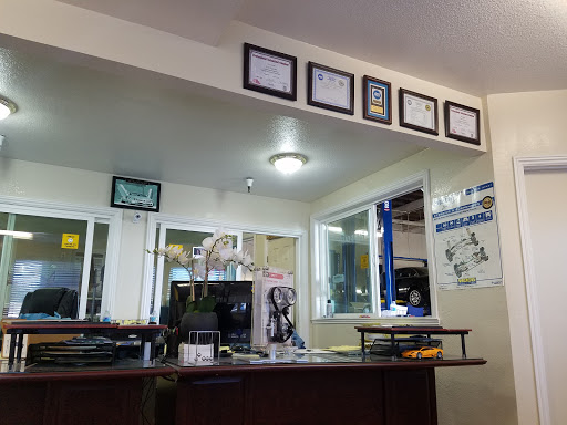 Auto Repair Shop «ALMADEN AUTO REPAIR», reviews and photos, 1680 Almaden Expy # D, San Jose, CA 95125, USA