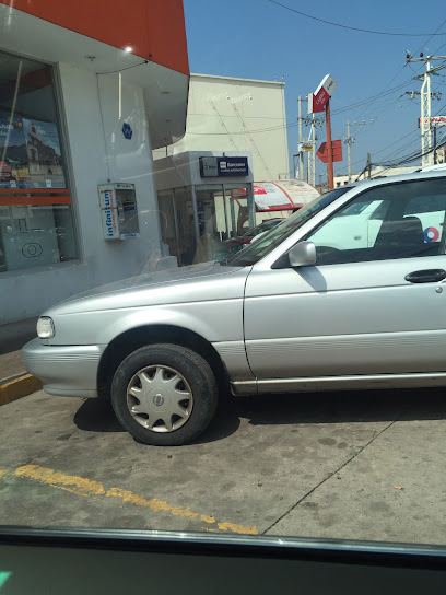 Farmacia Isseg Carr Guanajuato Silao Km 555 Glorieta Santa Fe Marfil