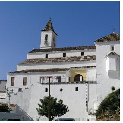 Iglesia Parroquial de Santiago Apóstol.