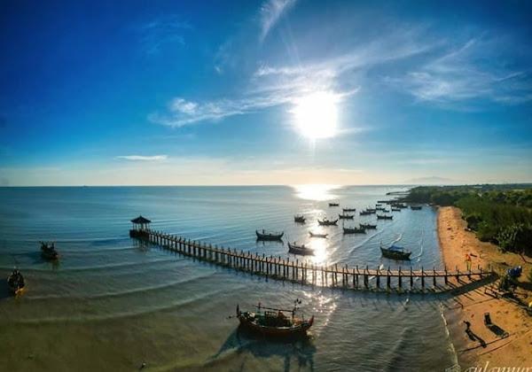 Pasir Putih Beach Wates Tasikharjo