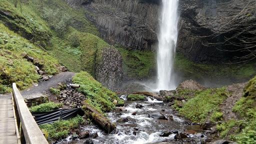 Waterfall «Latourell Falls», reviews and photos, Historic Columbia River Hwy, Corbett, OR 97019, USA