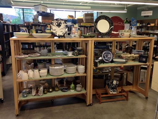 PTA Thrift Shop, 125 W Main St, Carrboro, NC 27510, USA, Thrift Store