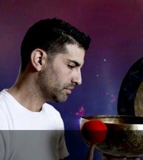 imagen de masajista RAUL MASAJES