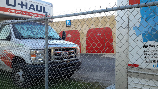 Truck Rental Agency «U-Haul Moving & Storage of Naco-Perrin», reviews and photos