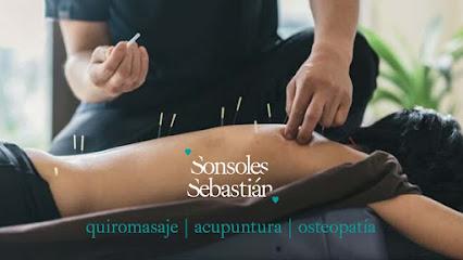 imagen de masajista Acupuntura Gran Canaria. Quiromasaje, acupuntura y osteopatía. Sonsoles Sebastián.
