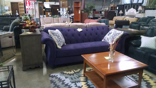 Furniture Store «Costless Warehouse Furniture», reviews and photos, 7859 S 180th St, Kent, WA 98032, USA