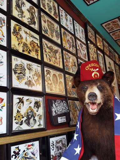 Tattoo Shop «Alaska Street Tattoo Parlour», reviews and photos, 4310 SW Alaska St, Seattle, WA 98116, USA