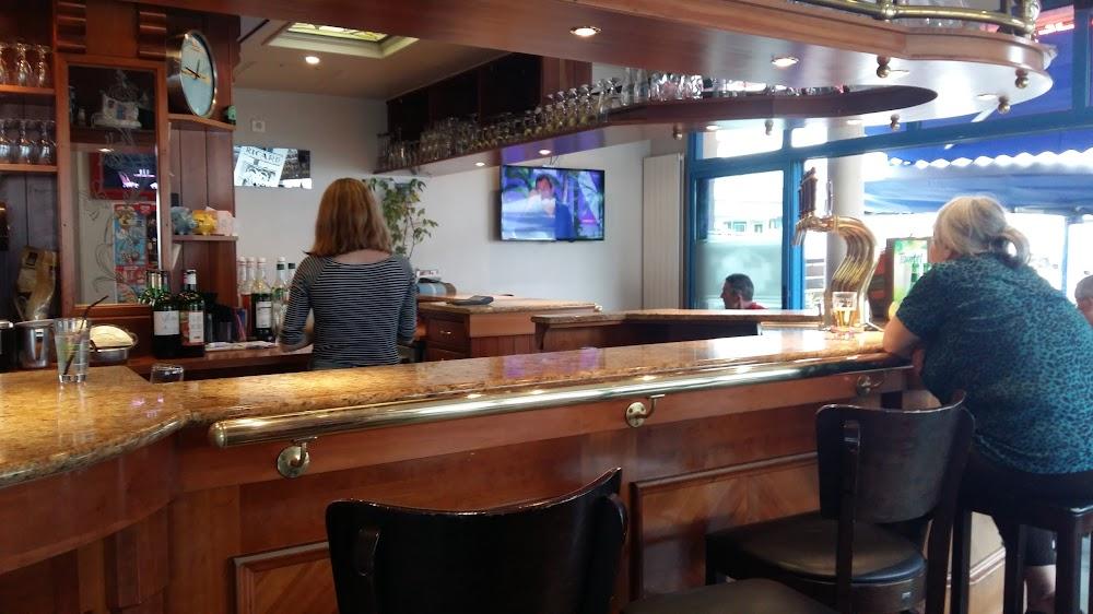 photo du resaurant Bar de la Place