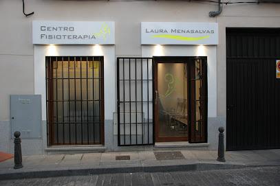 imagen de masajista Centro de Fisioterapia Laura Menasalvas