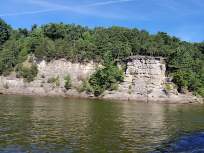 experience-wisdells-things-to-do-dells-boat-tours