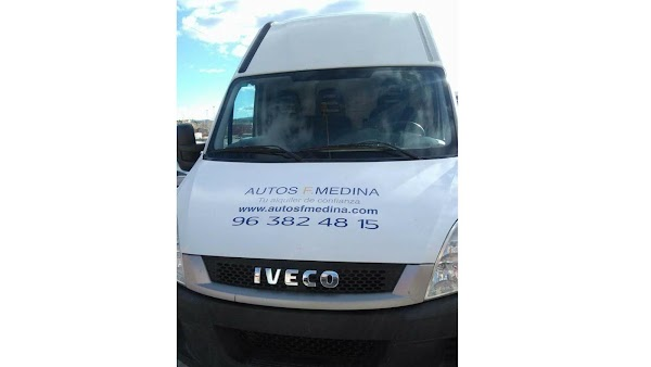 Alquiler de Vehículos Autos F. Medina