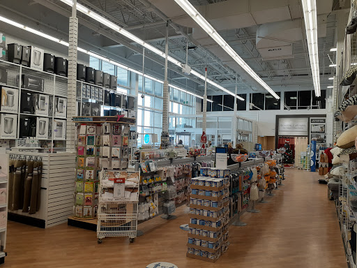 Plombier The Home Depot à Kingston (ON) | LiveWay