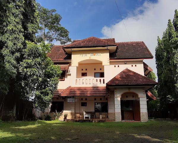 Hotel Botan