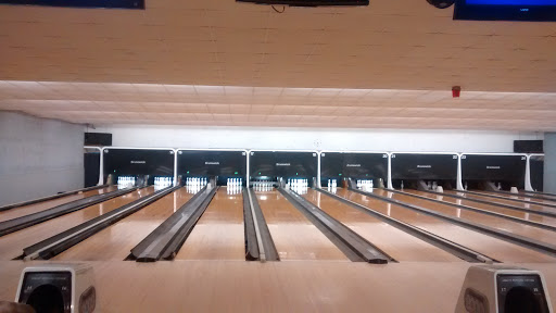 Bowling Alley «Abbott Bowling Center», reviews and photos, 1840 Abbott Rd, Lackawanna, NY 14218, USA
