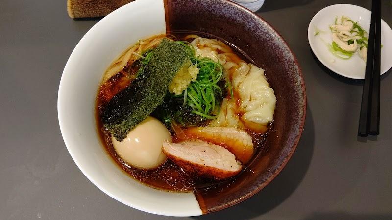 黄金の拉麺 鶏のおかげ