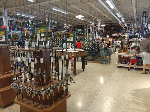 Sporting Goods Store «Bass Pro Shops», reviews and photos, 1365 S 5th St, St Charles, MO 63301, USA