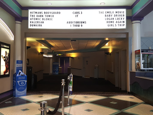 Movie Theater «Regal Cinemas Hollywood 18 - Huntsville», reviews and photos, 3312 S Memorial Pkwy, Huntsville, AL 35802, USA