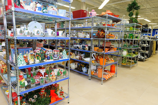 Goodwill Bristol Store & Donation Station, 1228 Farmington Ave, Bristol, CT 06010, Thrift Store