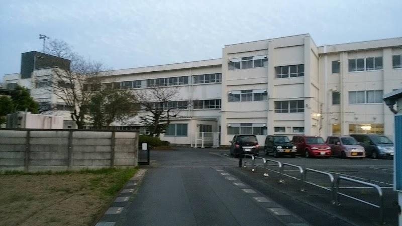 菖蒲 中学校
