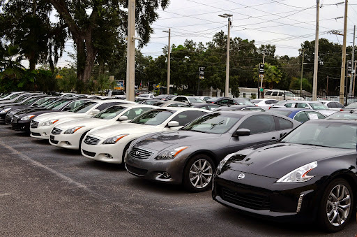 Used Car Dealer «Hillsboro Auto Mart», reviews and photos, 12950 N Florida Ave, Tampa, FL 33612, USA
