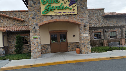 Italian restaurant Olive Garden Italian Restaurant