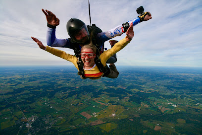 experience-wisdells-things-to-do-skydive-wisconsin-dells