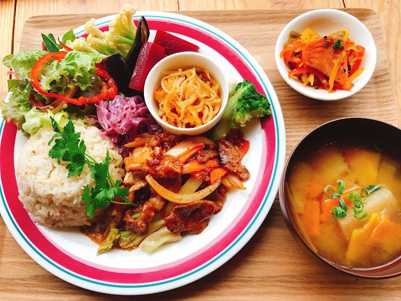 ゴロゴロお肉のタコライス pico食堂 首里