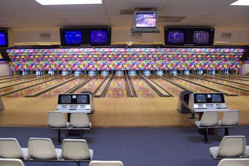 Crest Bowling Lanes
