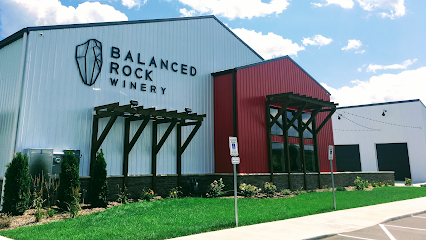 experience-wisdells-things-to-do-balanced-rock-winery