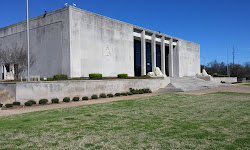 Lee Lockwood Library and Museum