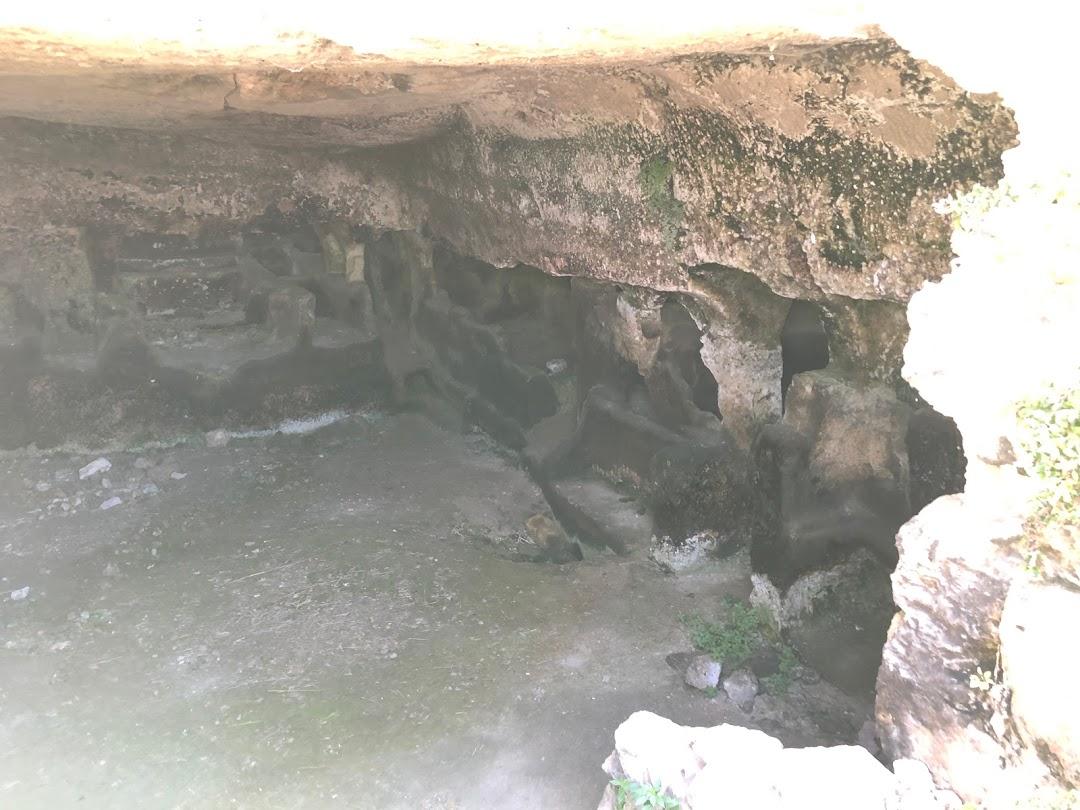 Grotta di Senabardo