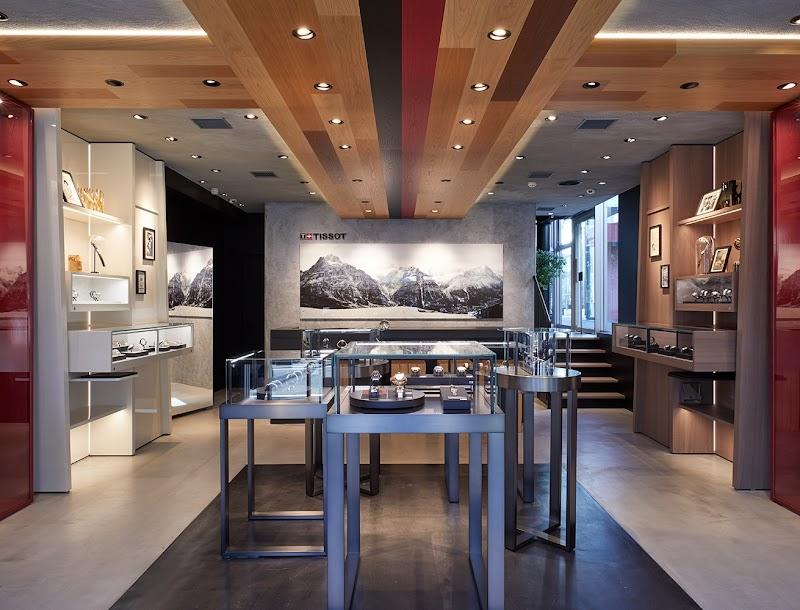 TISSOT 代官山 Concept Store
