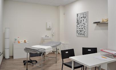 imagen de masajista DOT SALUT fisioteràpia i osteopatia