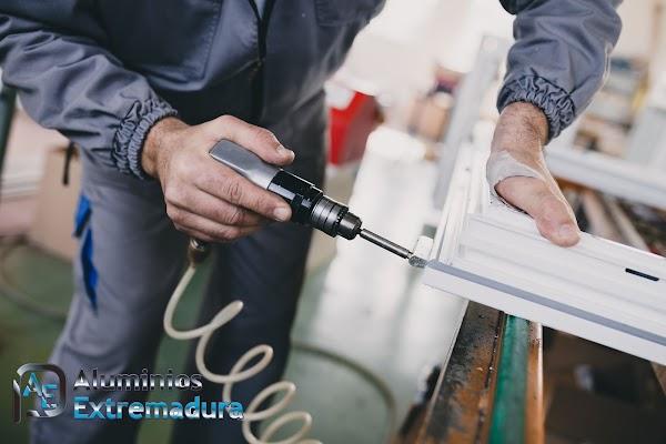 Aluminios Extremadura Carpinteria de aluminio y cerramientos