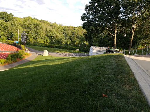 Golf Course «Dudley Hill Golf Club», reviews and photos, 80 Airport Rd, Dudley, MA 01571, USA